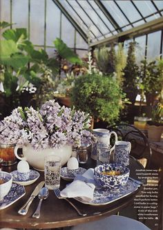 Out of Print Decorating - Mary Englebreit's Home Companion, December 2004/January 2005, Maine Morning, featuring the home of Stonewall Kitchen's Jim Stout and Jonathan King