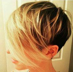 short hair-short hair cuts for women-short hair styles-short hair cuts- pixie cut-long bangs- blonde melt- dark roots-golden blonde Pixie Hairstyles, Hairstyles Haircuts, Cool Hairstyles, Blonde Hairstyles, Shaved Hairstyles, Pixie Haircuts, Sassy Hair, Haircut And Color, Great Hair