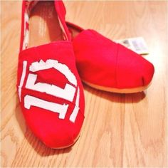 I need these, and One Direction themed Vans. One Direction Toms, One Direction Shoes, Cheap Toms, Favim, In This World, Boy Bands, Me Too Shoes, Tom Shoes, Vans Shoes, To My Daughter