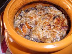 Тушеные-куриные-желудки-с-грибами-и-картошкой