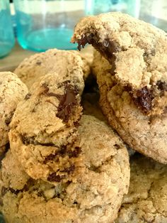 Chewy edges, soft in the middle, and made with 100% whole wheat flour. Chocolate chip cookies. Made these this weekend. AMAZING and super filling from the WW flour. And my bf didn't even realize they were whole wheat ;)