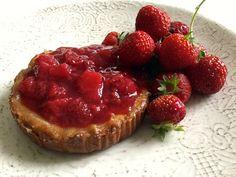 Ricette ghiotte per celiaci: torta di semolino con fragole e lamponi - by Gabriella