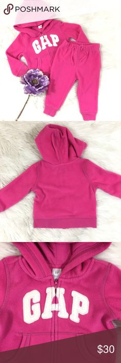 Baby Gap Pro Fleece Logo Hoodie/ Pants Set 18-24M Baby Gap Pro Fleece Logo Hoodie/ Pants Set 18-24M  Supersoft and warm Pro Fleece. Long sleeves with banded cuffs. Hood, zip front. Logo applique at chest. Kanga pockets.  100% Polyester. Machine wash, delicate cycle. Imported.  Great condition GAP Matching Sets