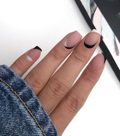 80 Awesome Minimalist Nail Art Ideas - Beauty Home Stylish Nails, Trendy Nails, Cute Acrylic Nails, Cute Nails, Hair And Nails, My Nails, Nagel Blog, Nail Polish, Minimalist Nails