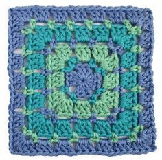 Add a new crochet stitch to your repertoire with the Block Stitch Crochet Granny Square! If you're unfamiliar with the block stitch, then take a look at this simple granny square pattern. With an easy to read pattern and a photo tutorial, you'll master th Granny Square Crochet Pattern, Crochet Blocks, Crochet Squares, Crochet Granny, Crochet Motif, Free Crochet, Granny Squares, Crochet Lovey, Crochet Geek