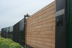 Driveway Gate, Fence, Modern Front Gate Design, Timber Fencing, Front Gates, Entrance, Garden Design, Arch, Outdoor Decor