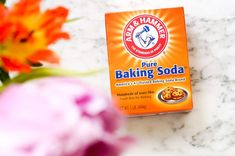 10 beauty dingen waarvoor je baking soda kunt gebruiken The Effective Pictures We Offer You About cleaning bathroom tile A quality picture can tell you many things. How To Heal Burns, Relieve Bloating, Diy Beauty Makeup, Soda Brands, Diy Crafts To Do, Baking Soda Uses, Green Tea Extract, Tea Tree Oil, Beauty Secrets
