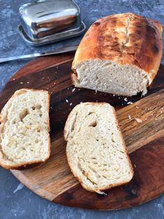 When we think of sourdough bread, the first image that comes to mind is an artisan loaf with a thick crust and is chewy and tangy with open crumbs (or crumb with holes). But this sourdough sandwich bread has a soft crust, with a tender and light interior, and is very flavourful. I make this … Golden Crust, Types Of Flour, Best Sandwich, Loaf Pan, Whole Wheat Flour, White Bread, Sourdough Bread, Sandwiches, Artisan
