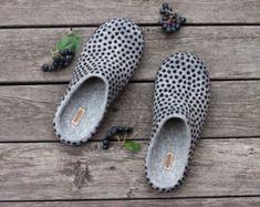 Zapatillas fieltro gris lana mujer Zuecos por AureliaFeltStudio