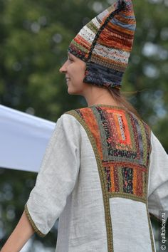 Festival 2015 - Festival of patchwork in Suzdal Scarf Hairstyles Short, Boho Fashion, Fashion Dresses, Plus Quilt, Patchwork Dress, Russian Fashion, Winter Looks, Short Hair Styles, Bohemian