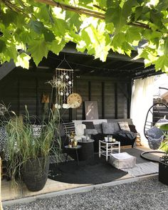 Pergola Against House Outdoor Living Areas, Outdoor Rooms, Outdoor Gardens, Outdoor Decor, Hot Tub Garden, Garden Pool, Contemporary Garden Rooms, Porch And Terrace, Outdoor Shade