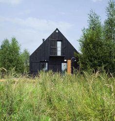 VolgaDacha house by Bureau Bernaskoni