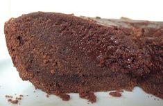 Everybody Eats Well in Flanders: Ricecooker Cake - Chocolate Lava Cake (Aspiring Bakers Belgian Recipes, Belgian Food, Chocolate Lava Cake, Singapore Food, Lava Cakes, Rice Cooker, Eating Well, Cake Recipes, Desserts
