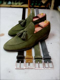 My continued obsession with the green thing-here in moss. Tasseled green loafers-a must have.
