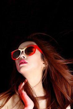 Futuristic cat-eye sunglasses // SN1