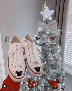 Diy Fashion Shoes, Sneakers, Wedding, Tennis, Valentines Day Weddings, Slippers, Sneaker, Weddings, Shoes Sneakers