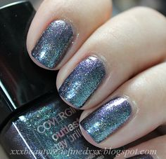 CoverGirl Outlast Stay Brilliant Nail Polish Swatch - Midnight Magic