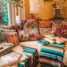 Bohemian house decor bohemian home decor ideas boho beach house ideas . Bohemian Bedroom Decor, Bohemian House, Bohemian Interior, Bohemian Living, Bohemian Style, Modern Bohemian, Gypsy Living, Bohemian Girls, Diy Bedroom