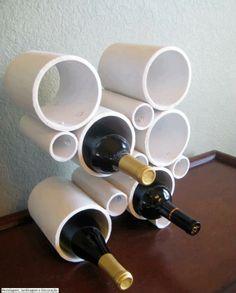 Garrafeira com canos de PVC