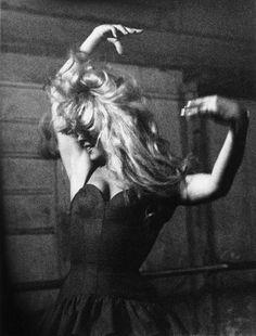 Brigitte learning the flamenco, 1958.