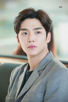 Asian Actors, Korean Actors, Korean Boys Hot, Korean Men, Sf9 Taeyang, Sf 9, Jung Hyun, Bae, Manish