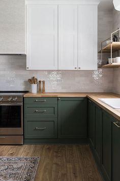 Kitchen Interior, Home Decor Kitchen, Kitchen Remodel, Kitchen Decor, Home Remodeling, New Kitchen, House Interior, Home Kitchens, Kitchen Design