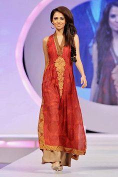 Pakistani Woman Fashion, Designer Nomi Ansari - I would wear something like this, pretty
