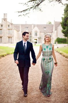 Emerald Green: 2013 Color Of The Year - The Ultimate Wedding Guide - Belle the Magazine . The Wedding Blog For The Sophisticated Bride