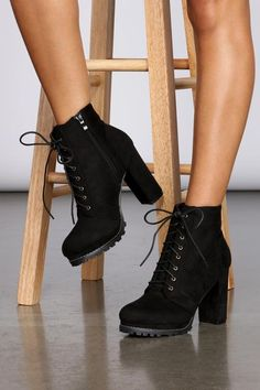 You better work it, girl! These lace-up ankle booties feature a side zipper closure, a block heel, platform heel and faux suede exterior. Cute Shoes Heels, Fancy Shoes, Pretty Shoes, Me Too Shoes, Cute Black Heels, Platform Ankle Boots, High Heel Boots, Heeled Boots, Shoe Boots