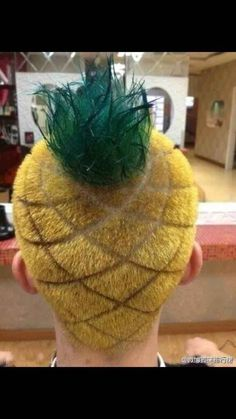 Pineapple head: | 28 White People Who Need To Be Stopped Right Now