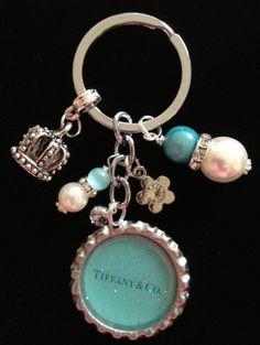 Tiffany and Co Bottle Cap Jewelry, Bottle Cap Necklace, Bottle Cap Art, Bottle Cap Images, Ring Necklace, Bottle Cap Projects, Bottle Cap Crafts, Tiffany And Co, Tiffany Blue