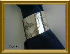 Beautiful silver napkin ring, € 45. www.dejavu.marktplaza.nl