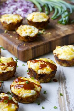 BBQ Chicken Puffs - I made these low carb with a low carb bicquick & instead of milk I used 1/2 cream & 1/2 water