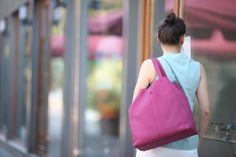 Dali...Leather bag for women...Shoulder bag in fuchsia...