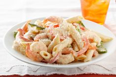Creamy Shrimp Pasta recipe--A deliciously simple creamy shrimp dish that is big on flavor but easy on your waistline.