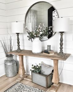 Farmhouse Living Room Decor Ideas - These Stunning Living Areas with Farmhouse Decor will certainly take your breath away. The colors, structure, accessories will inspire you for days! Farmhouse Wall Decor, Farmhouse Design, Modern Farmhouse, Farmhouse Entryway Table, Cottage Entryway, Farmhouse Lamps, Farmhouse Interior, French Farmhouse, Farmhouse Furniture