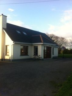 Rogerstown Lane, Lusk Co Dublin, Lusk, Co. Dublin - House to let Dublin House, Property For Rent, Property Listing, Outdoor Decor, Home Decor, Interior Design, Home Interior Design, Home Decoration, Decoration Home