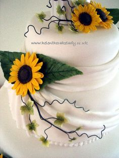 Sunflowers for summer wedding cake - by Helen The Cake Lady