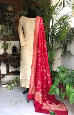Silk Kurti Designs, Sari Blouse Designs, Kurta Designs Women, Kurti Designs Party Wear, Banarasi Suit, Silk Anarkali Suits, Salwar Dress, Silk Dupatta, Indian Dresses