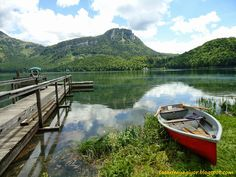 Like a painting! Altausee in Austria Need A Vacation, Austria, Notes, Spaces, Mountains, Nature, Painting, Travel, Voyage