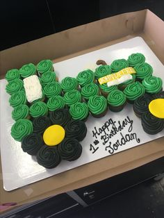John Deere tractor cupcake cake uses 48 cupcakes Tractor Cupcake Cake, Tractor Birthday Cakes, Farm Birthday, First Birthday Parties, First Birthdays, Cupcake Cakes, Farm Cake, Truck Cupcakes, Birthday Ideas