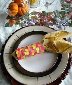 Make your children's table festive this year. Great ideas here!