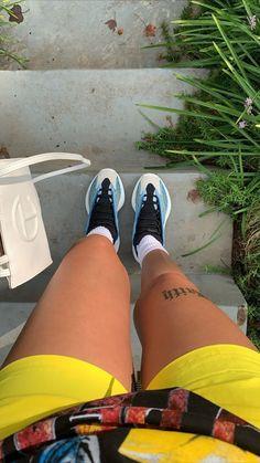 All Nike Shoes, Hype Shoes, Sneakers Fashion, Fashion Shoes, Fashion Outfits, Dope Outfits, Girl Outfits, Fresh Shoes, Black Girl Aesthetic