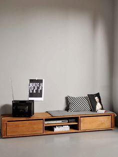 ¡Buenas tardes! Hoy quiero enseñaros una firma de mobiliario que me encanta por sus diseños, su calidad y su responsabilidad medioambiental. Fundada en Bélgica hace diez años,Ethnicraftdiseña, fa…
