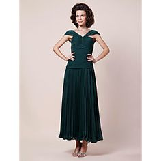 Sheath/ Column V-neck Tea-length Chiffon Mother of the Bride Dress