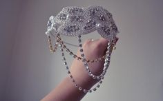 How To DIY Gatsby-Inspired Headbands : DIY Headband DIY Hair Accessories