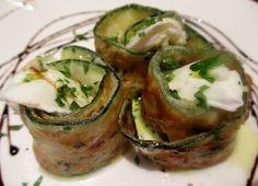 Жареные или грилованные цуккини с моцареллой и соусом из мяты/Zucchine fritte o grigliate con mozzarella e salsa alla menta/