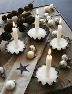 Decoration idea for the advent wreath - Westwing magazine - Advent wreath decoration idea - Hygge Christmas, Christmas Time, Christmas Crafts, Holiday, Shabby Chic Candle Holders, Diy Candle Holders, Decoration Table, Xmas Decorations, Centerpiece Christmas