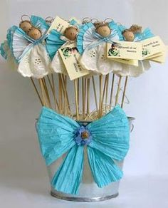 Like this idea for displaying marshmallows on a stick