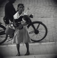 Jerome Liebling, Mother and Child, Málaga, Spain, 1966